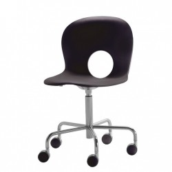 Olivia swivel chair on castors