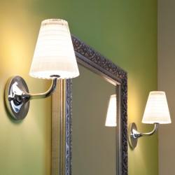 Flow lampada da parete in vetro e metallo