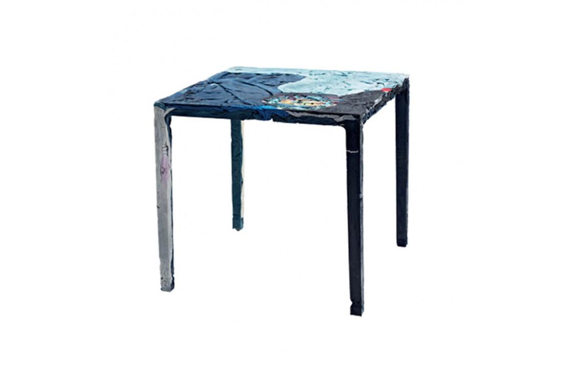 Rememberme coffee table