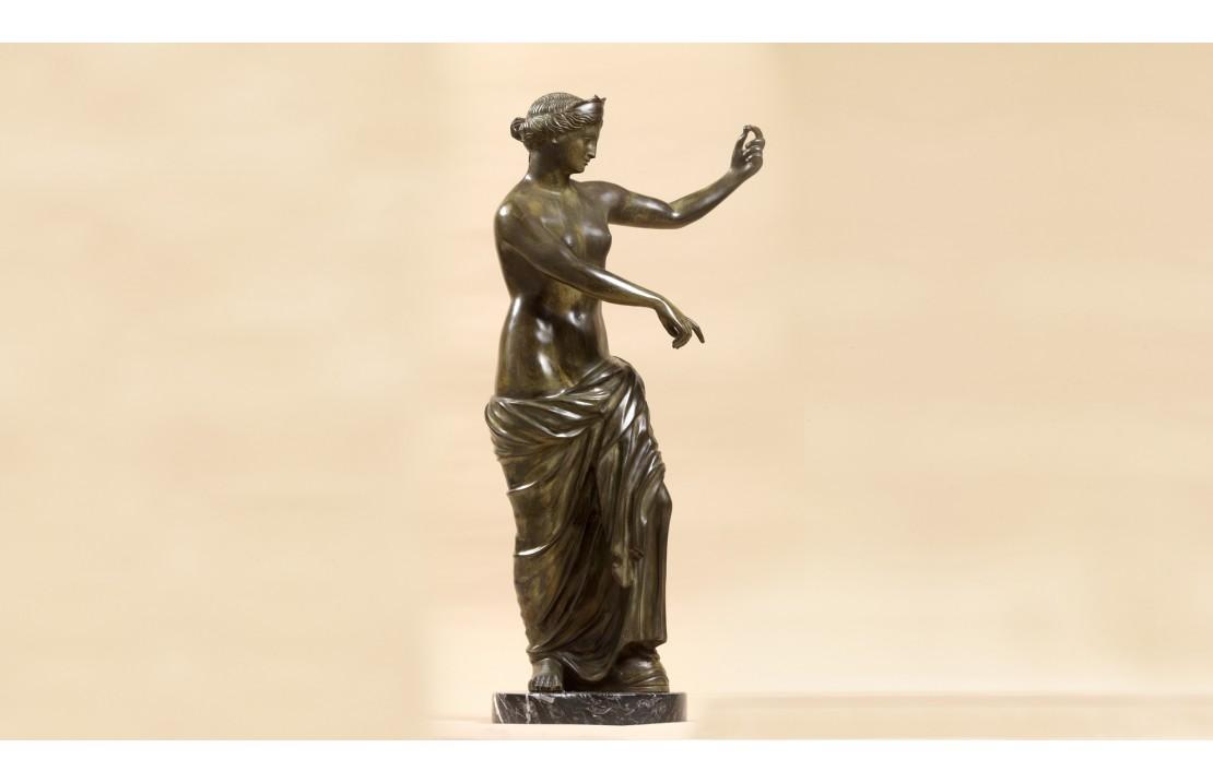 Statua in bronzo - Venere Vincitrice