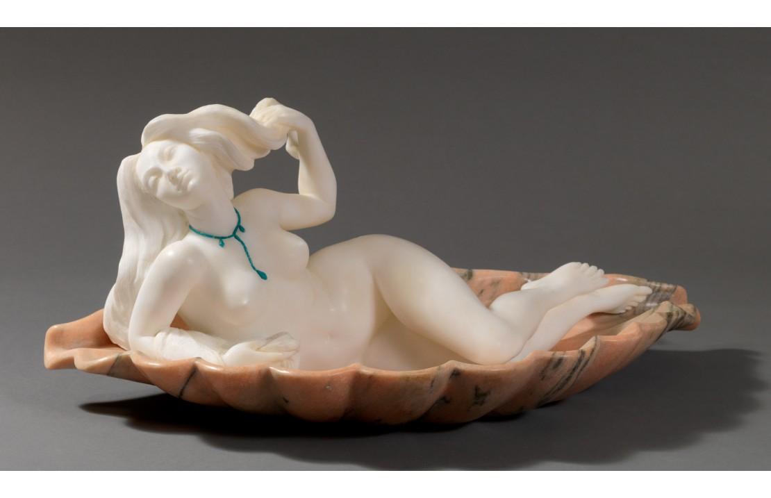 Scultura in marmo - Venere su Conchiglia
