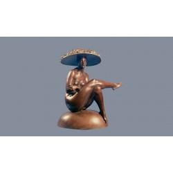 Statua in bronzo - Donna con Cappello