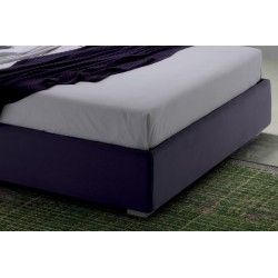 Padded bed with or without storage - Good