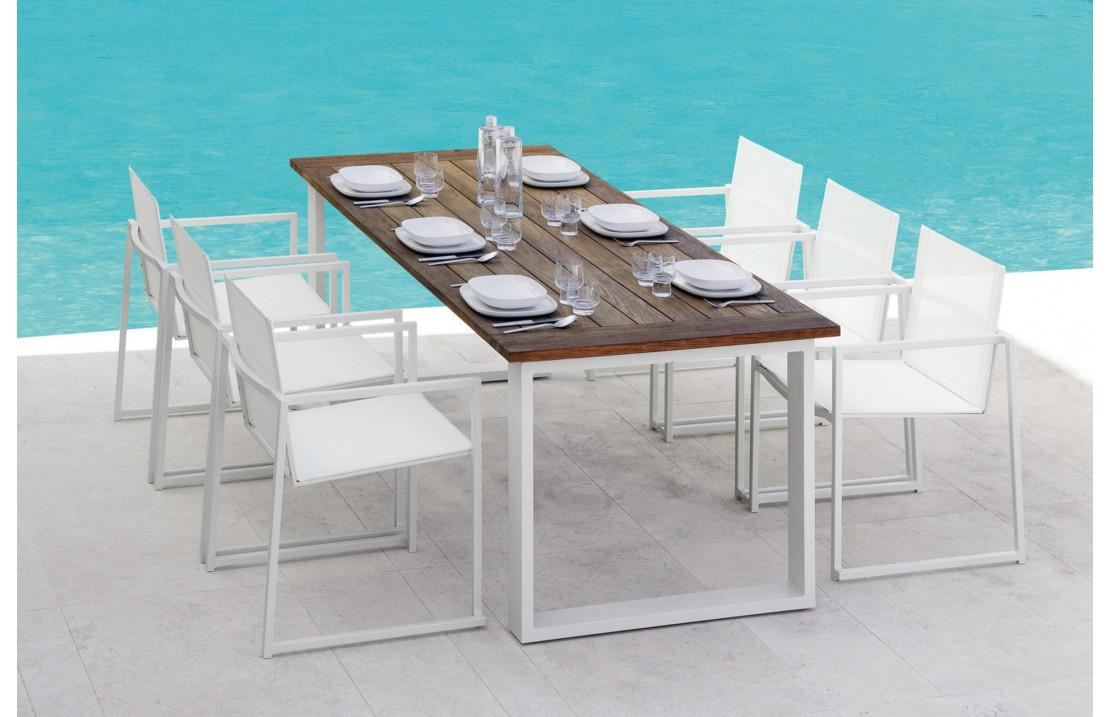Tavolo da esterno in teak e alluminio - Essence - ISA Project