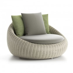 Outdoor armchair in rattan...