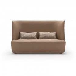 Vivien sofa with high back...