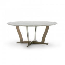 Round table in metal with...