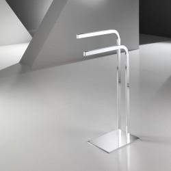 Towel holder in metal