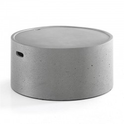 Round coffee table in cement