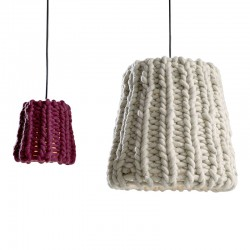 Granny suspended lamp in wool