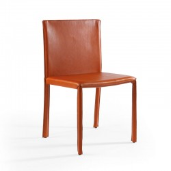 Chair upholstered in leather - Yuta