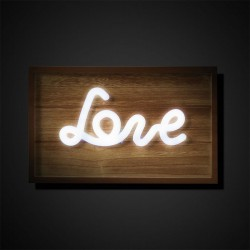 Bright panel with Love writing - Amor