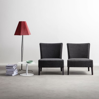 Easy Chairs - Online Bedroom furnishing | ISA Project