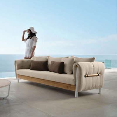Outdoor 2/3 Seater Sofas